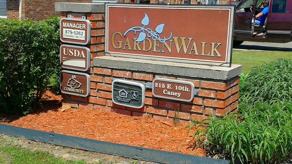 GardenWalk of Caney