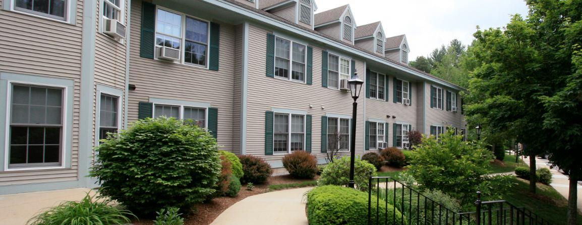 Rent Apartment Hooksett 03106